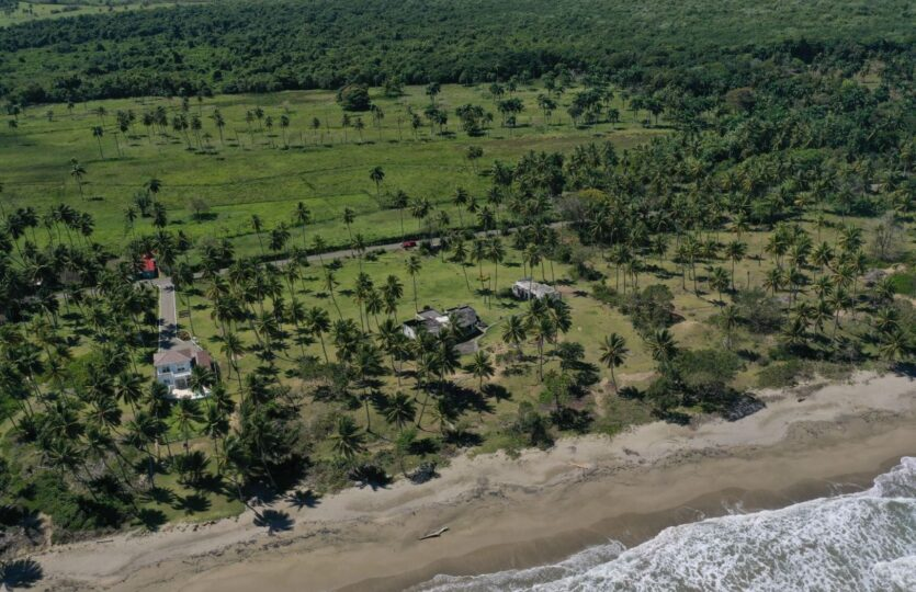 Exclusive Beach Front Lots