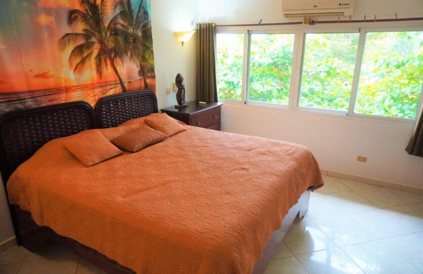 1 Bedroom Beach Front Condo