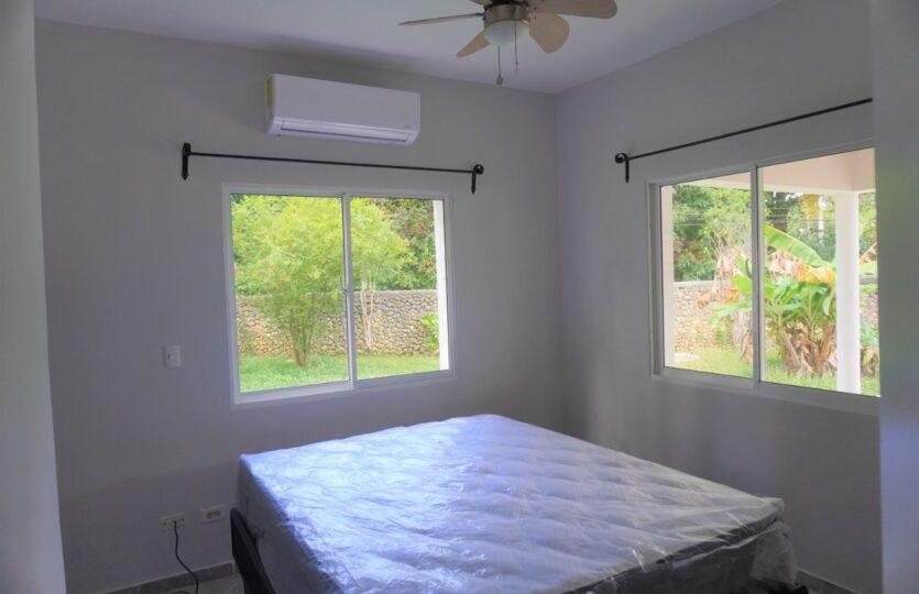 3 Bedroom 2.5 Bathroom Villa Gated Beach Community