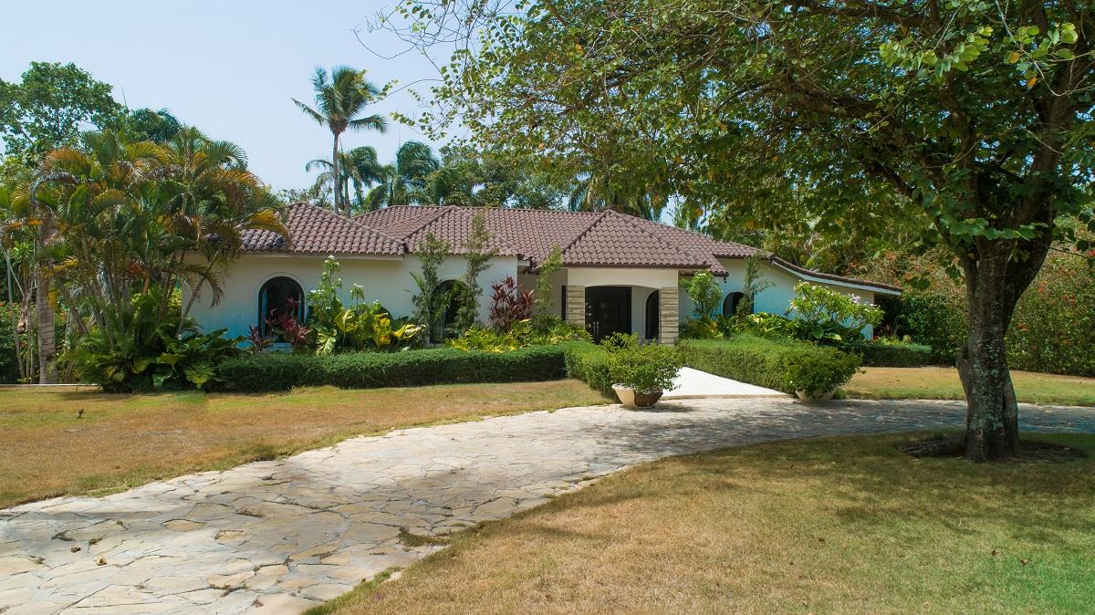 Caribbean Modern Classic Home